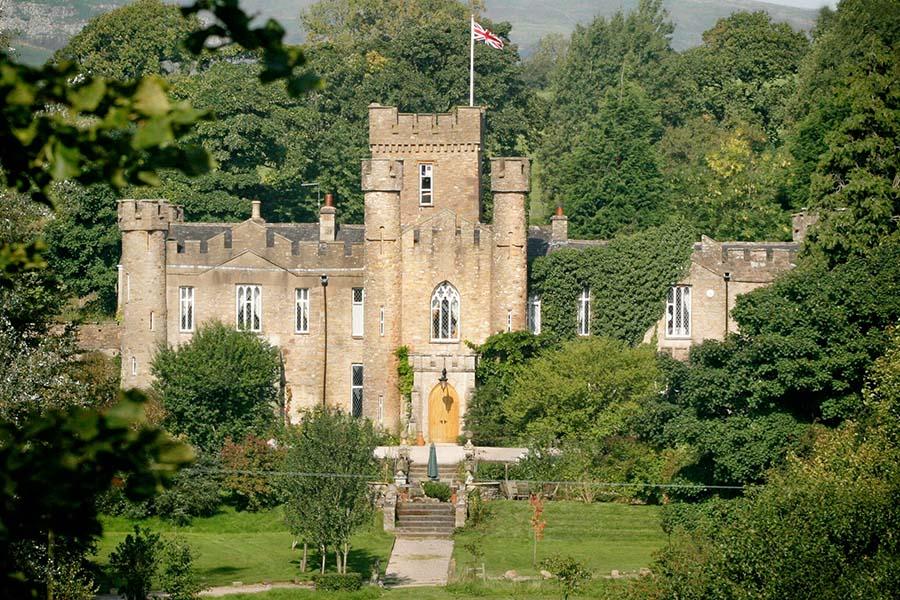 "Permalink to:ที่พักแนวปราสาท, สหราชอาณาจักร"""